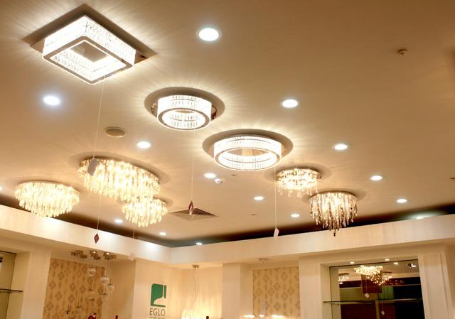 Thiết kế đèn chiếu sáng tự động